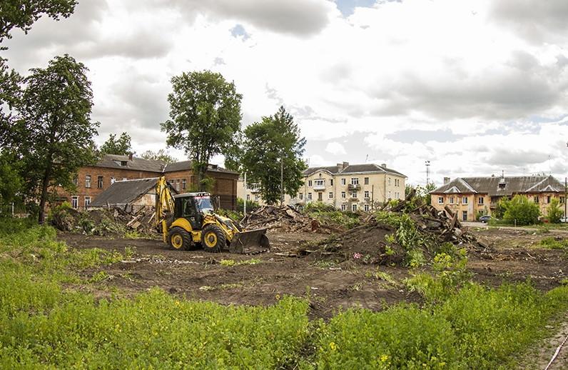 В Смоленске началось строительство новой спортплощадки