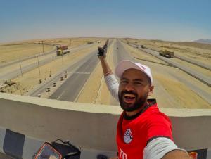 Египтянин, отправившийся из Каира в Москву на велосипеде, заедет в Смоленскую область