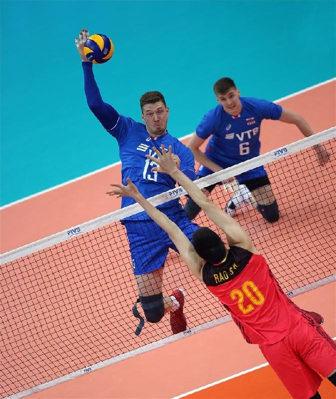 Смоленский волейболист стал самым результативным в матче Россия – Китай