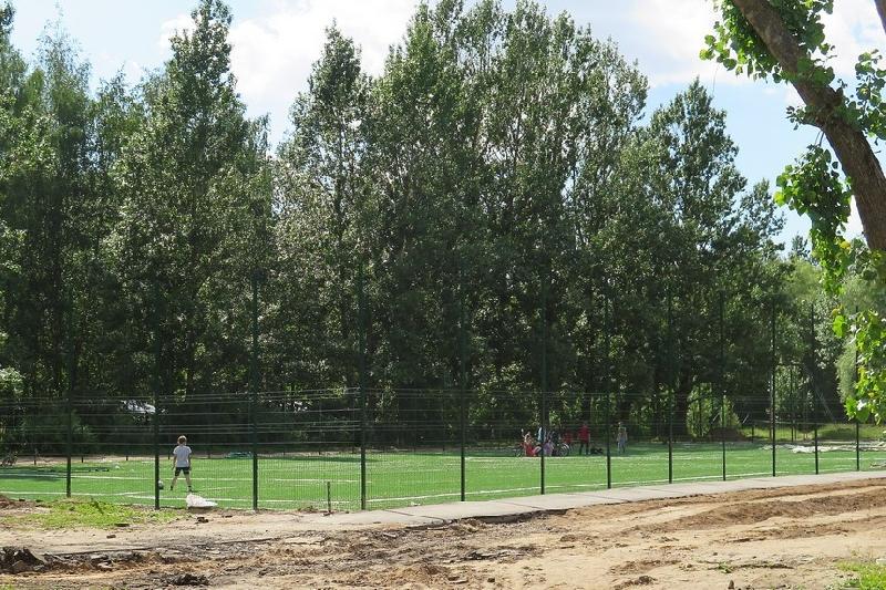 В начале июля в Смоленске откроют спортивную площадку
