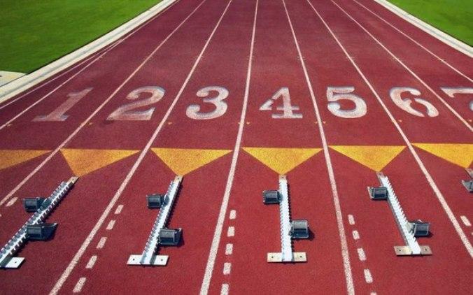 Двух смоленских легкоатлетов допустили на международную арену