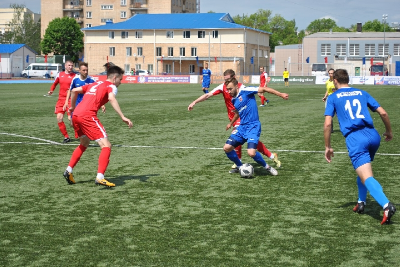 Футболисты «Камеи-СГАФКСТ» вышли в лидеры чемпионата Смоленской области