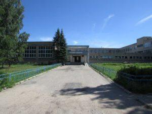 В Духовщине более 2,8 млн рублей направят на ремонт спортзала и дома культуры