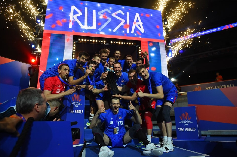 Смоленский волейболист в составе сборной России выиграл Лигу наций