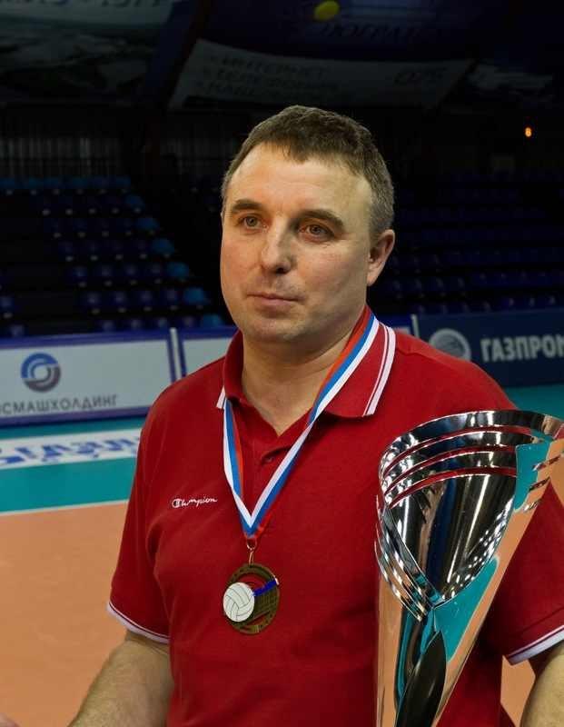 Известный смоленский тренер Андрей Петров отмечает 50-летие