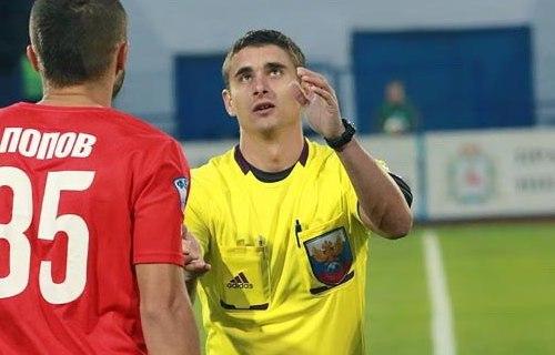 Футбольный арбитр из Смоленска будет работать на матчах РПЛ и Кубка России