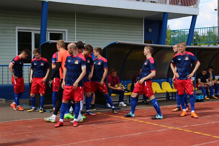 Смоленский «Днепр» заявил еще пять игроков