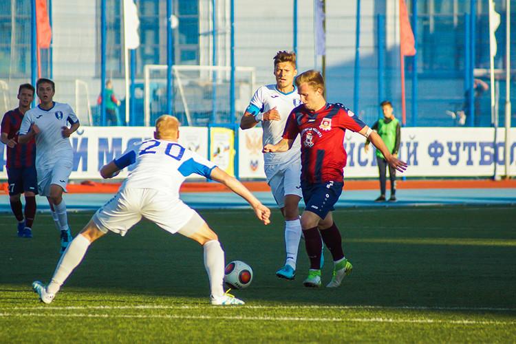 Смоленский «Днепр» сыграл вничью с «Коломной»