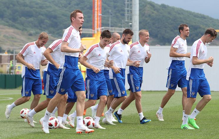 Билеты на товарищеский футбольный матч Россия — Чехия стоят от 500 до 900 рублей