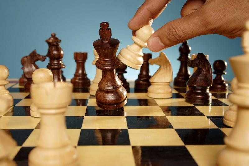 «Игра вслепую, ночной марафон». В Смоленске пройдет неделя шахмат