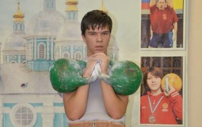 Юные смоляне соревновались в гиревом спорте