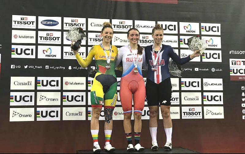 Выпускница смоленского училища выиграла «золото» на Кубке мира по велоспорту