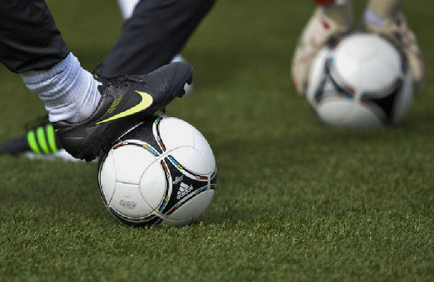 Черчесов вшутливой форме предложил ФИФА провести вРоссии следующий ЧМ
