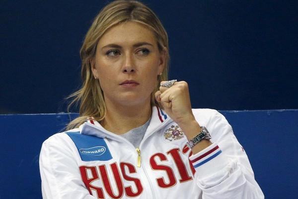 Шарапова сыграла в теннис и шахматы с миллиардером Брэнсоном
