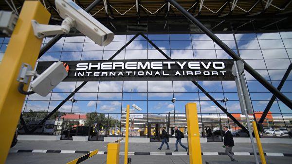 В Шереметьево задержали футболиста за попытку провезти часы Rolex