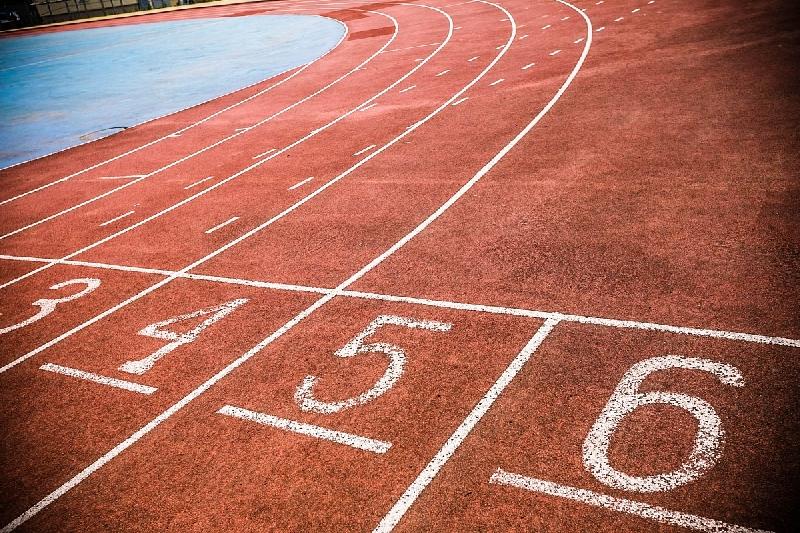 Спортивный скандал в Смоленске: фотографа выгнали с соревнований по легкой атлетике