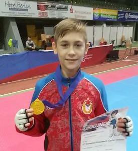 Школьник из Смоленской области выиграл турнир по тхэквондо в Германии