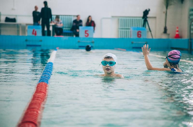 В Смоленске бассейн «Днепр» открылся после ремонта