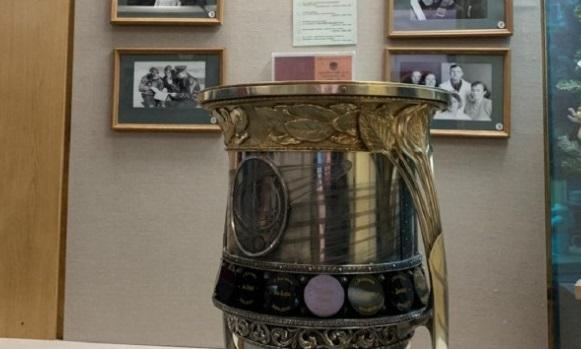 На родине смолянина Юрия Гагарина побывал главный трофей российского хоккея