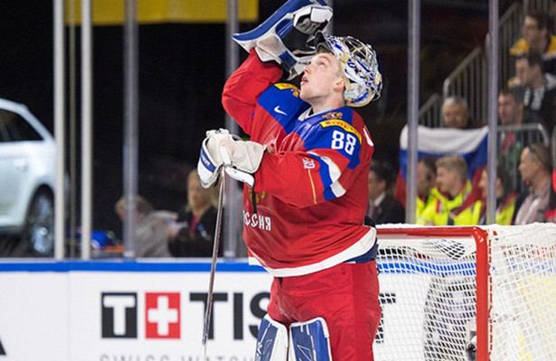Вратарь-рекордсмен из России стал второй звездой в НХЛ