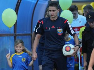 Смоленские футбольные судьи открыли соревновательный год