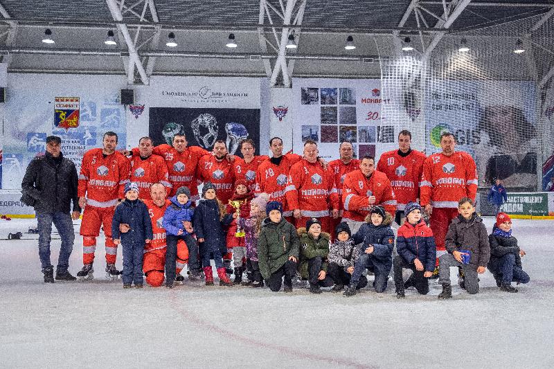 Хоккейный клуб «Монолит» стал чемпионом Смоленска