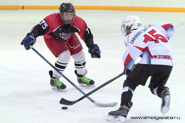 Юные хоккеисты из Сафонова устроили драку на матче с Сахалинской областью