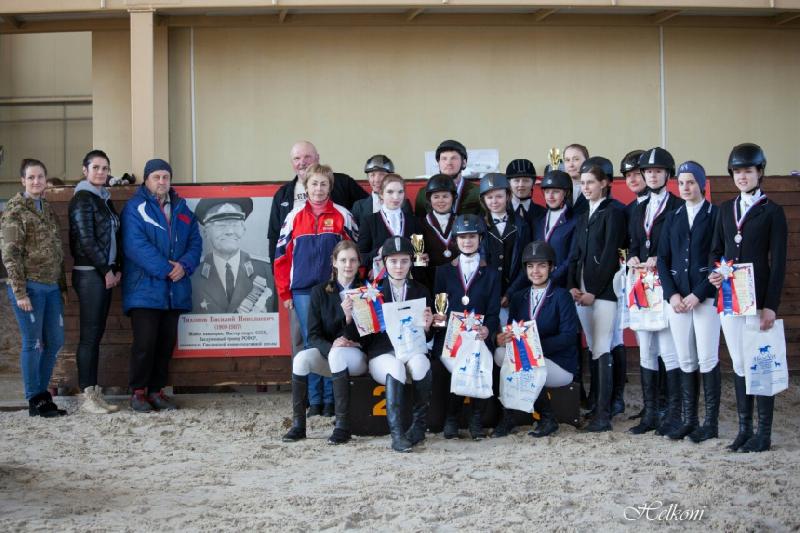 В Смоленске прошло первенство города по конному спорту