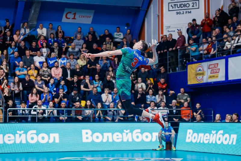 Смоленский волейболист поборется за золото чемпионата России