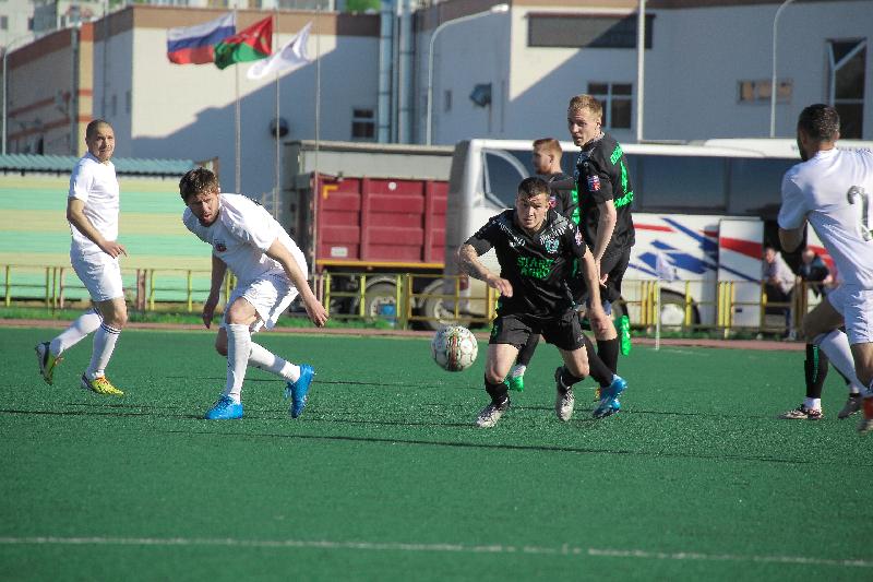 «Красный-СГАФКСТ» в Смоленске обыграл «Орел» и упрочил лидерство в чемпионате
