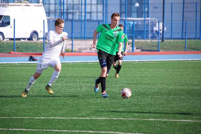 «Красный-СГАФКСТ» выиграл четвертый матч чемпионата подряд