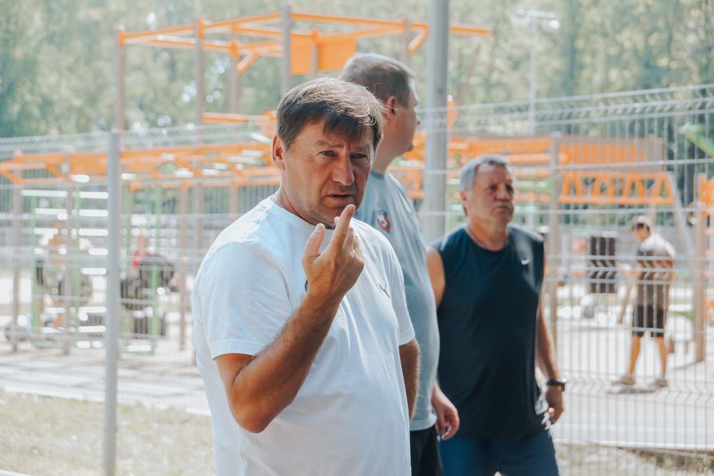 Олег Стогов: «В команде не будет безразличных футболистов»