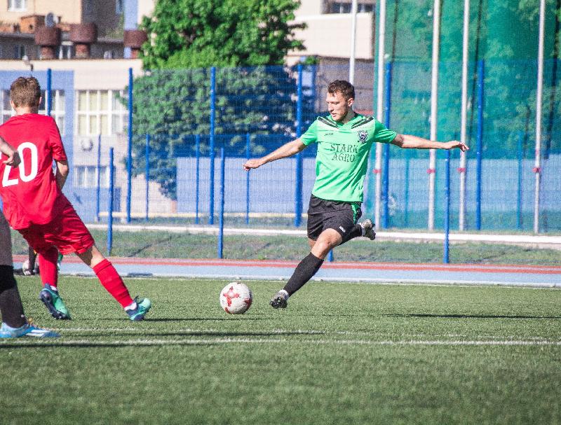 «Красный-СГАФКСТ» в Смоленске обыграл молодежную команду «Авангарда»
