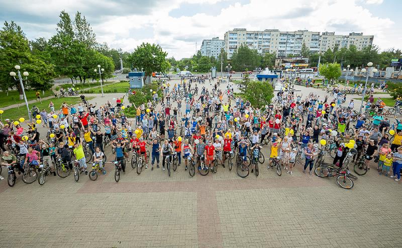 В Смоленске прошел летний велопарад-2019