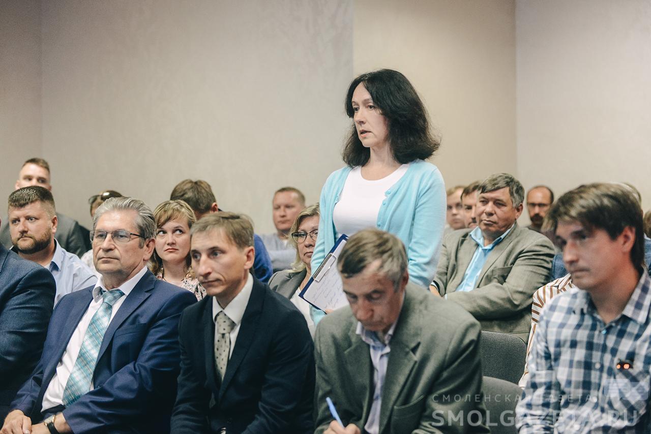 Алексей Островский встретился с представителями смоленского спортивного сообщества