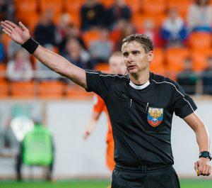 Футбольный арбитр из Смоленска обслужит матч Российской Премьер-лиги