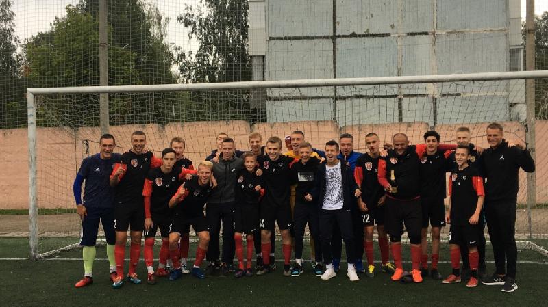«Искра» выиграла чемпионат Смоленской области по футболу