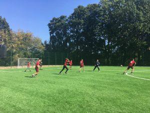 В школе Смоленска открыли новый стадион