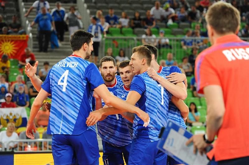 Смолянин помог сборной России выйти в плей-офф чемпионата Европы