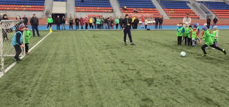 В Смоленске юные футболисты разыграли «Осенний кубок-2019»