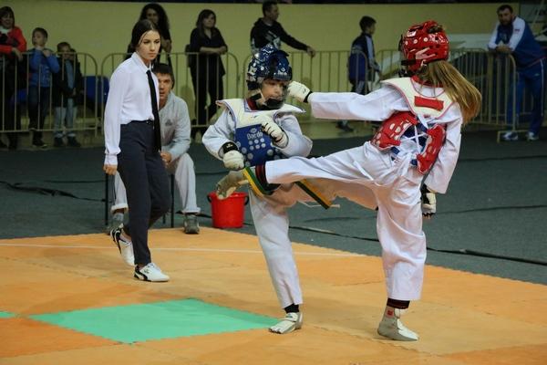 В Смоленске прошли ежегодные соревнования по тхэквондо