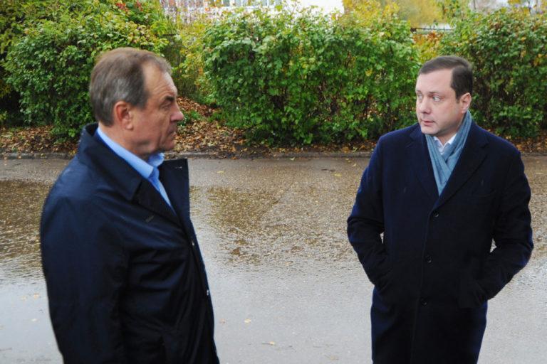 Алексей Островский поручил создать «строительный блок» в главном управлении спорта Смоленской области