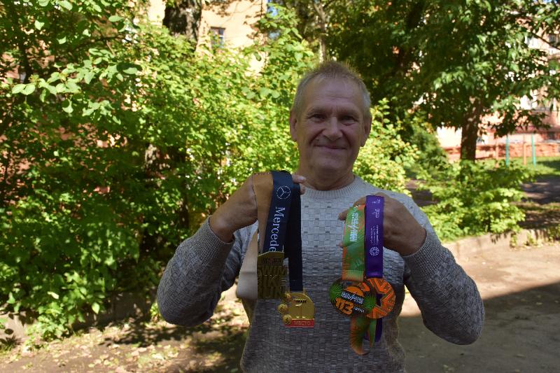 Смоленский пенсионер завоевал «золото» российского чемпионата