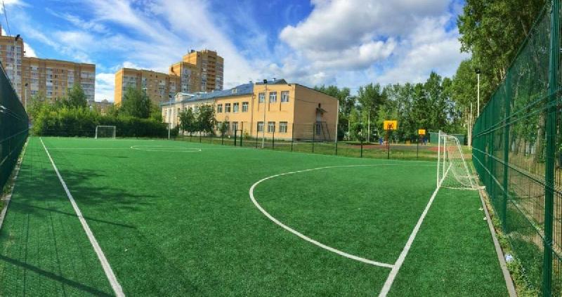 Губернатор пообещал помочь с капремонтом стадионов при школах Смоленска