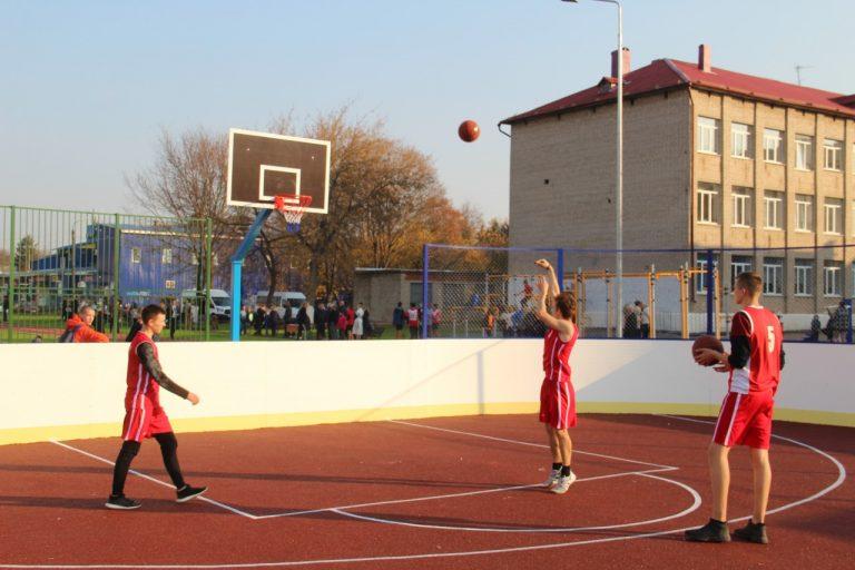 Школьные стадионы города Смоленска отремонтируют в рамках региональных программ