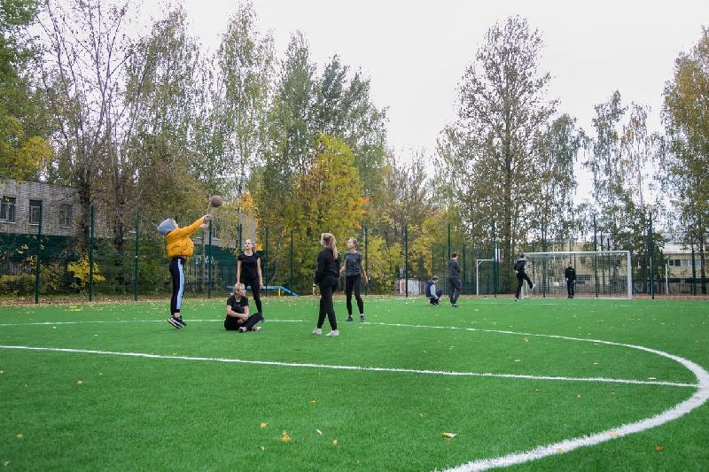 В Смоленске появился новый школьный стадион