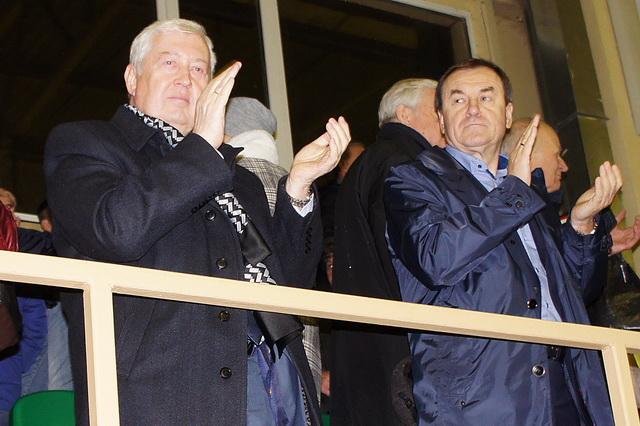 Юрий Сынкин поздравил смоленскую спортивную школу имени Тихонова