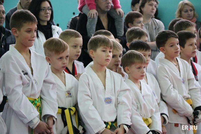 В Духовщине прошёл детский фестиваль по тхэквондо
