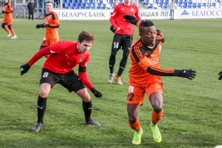 «Смоленск» крупно уступил в гостевом матче «Слуцку»