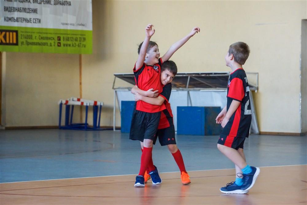 ФК «Смоленск» отметил свой день рождения спортивным праздником